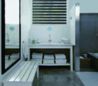 Roleta den a noc v koupelně