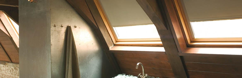 Rolety do střešních oken Velux, Roto,