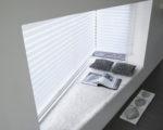 plisé žaluzie v atypickém okně