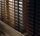 luxusní dřevěné žaluzie v kuchyni