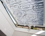 plisé žaluzie ve střešním okně
