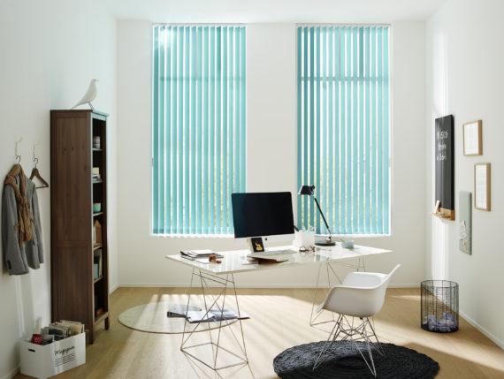 vertikální žaluzie v kanceláři Praha