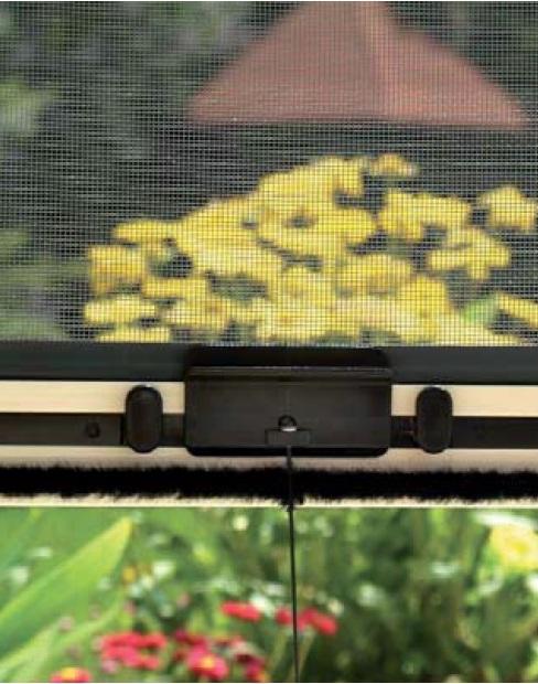 rolovací sítě proti hmyzu do okna a dveří