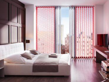 barevne vertikalni zaluzie do balkonovych dveri