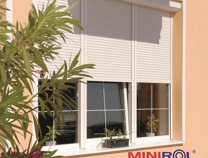 venkovní stínění oken vám zajistí zateplená roleta