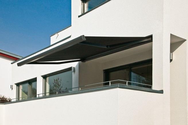 elektrická markýza na balkon
