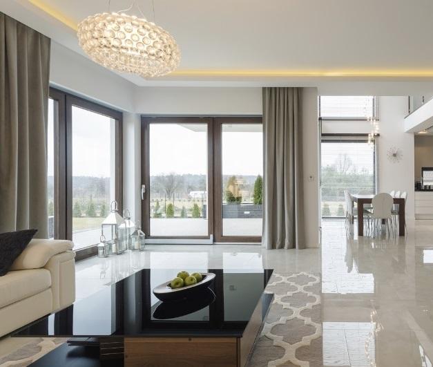 luxusní závěsy do ložnice