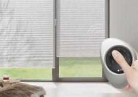 stínění na okna s dálkovým ovládáním