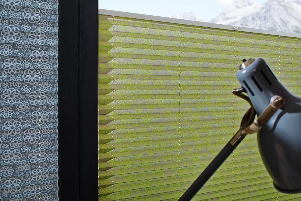 zatemňovací zelené plisé
