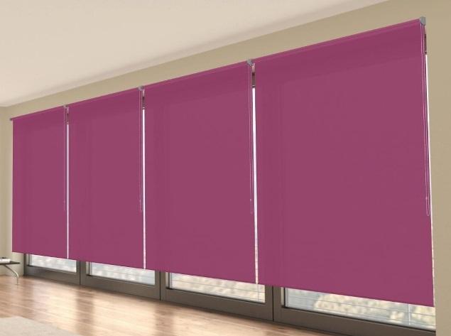poloprůsvitná fialová látková roleta