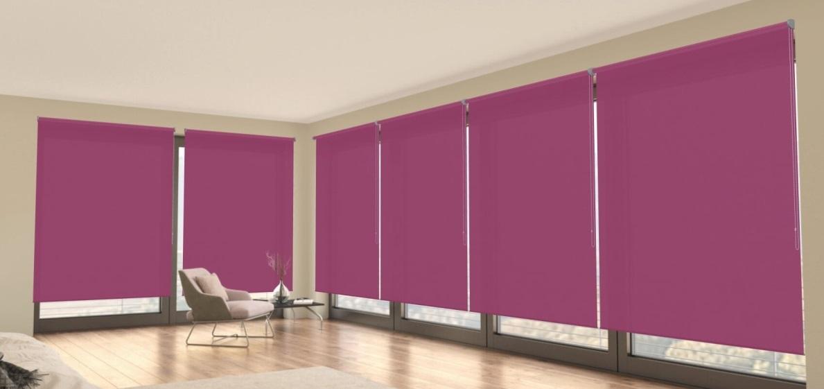 poloprůsvitné fialové látkové rolety