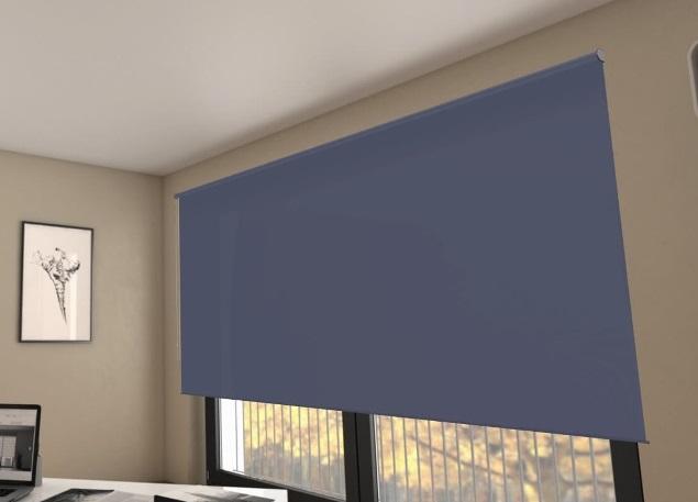 zatemňovací modrá látková roleta